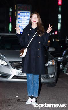 [HD포토] 이요원, '귀여운 쌍브이' / HD Photo News - TopStarNews.Net