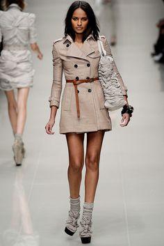 Burberry Prorsum Spring 2010 Ready-to-Wear Fashion Show - Anna de Rijk