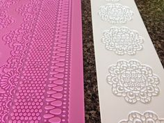 Butterface Cakes: How Does a DIY Sugar Lace Recipe Stack Up?