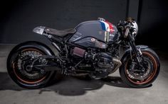 BMW R NineT Custom by VTR. Seat, but fully upholstered