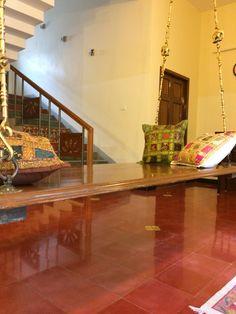 Indian decor Indian Interior Design, Indian Home Design, Home Stairs Design, House Design, Small Room Decor, Living Room Decor, Chettinad House, Indian Inspired Decor, Indian House Plans