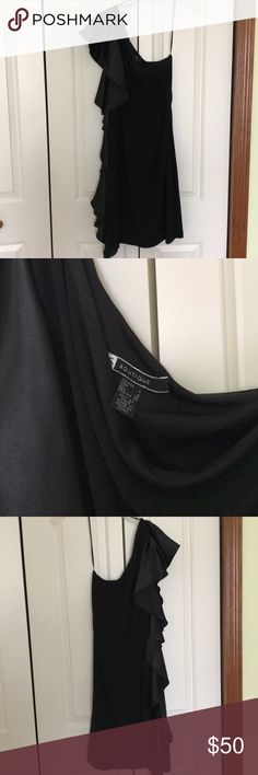 Off shoulder black dress Worn 1x. Great condition. No stains or flaws 29 in from armpit to bottom JS Boutique Dresses