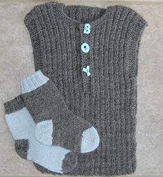 Billedresultat for baby strikkeopskrifter Knitting For Kids, Crochet For Kids, Crochet Baby, Knit Crochet, Crochet Poncho Patterns, Baby Knitting Patterns, Baby Barn, Baby Vest, Baby Leggings
