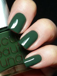 stunning hunter green!