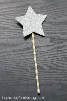 New Year Goals for Kids: Wishing Wand Craft- I loved how this idea could be used with our whole family (kids ages 4-10). Simple, cute and effective in getting the message across about setting goals.
