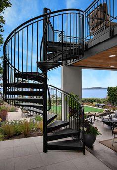 outdoor-spiral-staircase