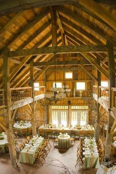 Alerin Barn Vermont: Amenities include a grand timber frame barn with seating on two levels. Second floor guests will enjoy an intimate view of the cathedral ceiling and ground level activities!