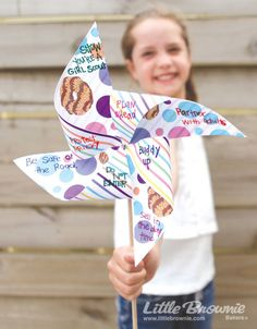 These adorable pinwheels make learning about safety a breeze. #SamoasBash