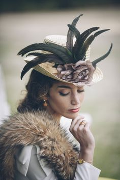 47 Best Ideas for style fashion elegant hats Estilo Fashion, Look Fashion, Headdress, Headpiece, Turbans, Fascinator Hats, Fascinators, Love Hat, Cool Hats