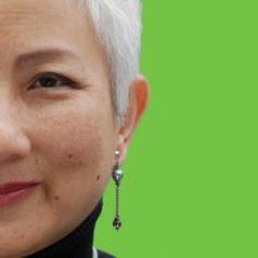 Terri Nakamura  @terrinakamura      Graphic designer & fun person; likes humor, Apple, cool, interesting, design, art, business, tech, weird, pop culture & breaking news. #BA75; (e)NAK on #EAv    Seattle · http://seattledesigner.blogspot.com/