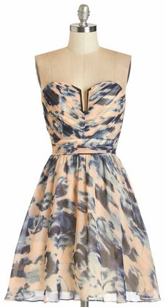 Swirls of Sass Dress. Youre hardly one to stick to neutral colors for an elegant occasion, so for tonights party you don this multicolored strapless dress! Pretty Outfits, Pretty Dresses, Beautiful Dresses, Gorgeous Dress, Unique Dresses, Casual Dresses, Emo Dresses, Homecoming Dresses, Casual Outfits