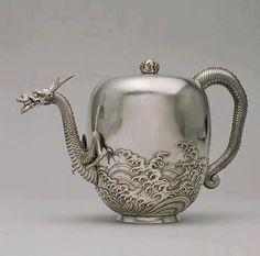 Dragon tea By artist Miyata Nobukiyo circa 1876 (Meiji). This dragon is good for tea. Vintage Silver, Antique Silver, Rare Antique, Dragon Tea, Water Dragon, Silver Teapot, Art Japonais, Japanese Dragon, Silver Dragon