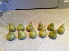 Fruit or Faux? Set of 11 pears faux fruit. Natural looking green Bosc pear look in great condition! Shop: http://ift.tt/2qkoYfj . . . . . #pears #pear #fauxfruit #boscpear #green #whileitlasts #home #homedecor #interiors #interior #interiordesign #homeaccessories #interiordecor #instadecor #textiles #interiordecorating #instahome #homestyle #color #inspiration #textures #furnishings #houston #houheights #buy #sell