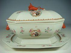 canadian tureen | beautiful chinese export armorial porcelain tureen