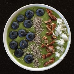A smoothie bowl with all the added benefits of green super foods without compromising a delicious taste!