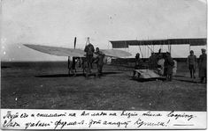 1912. Russia. Pilots at the airplanes - Blerio, behind the training Farman.