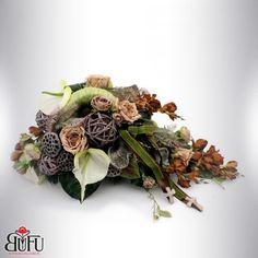 Święto zmarłych 2016 | Bu-Fu Kompozycje kwiatowe Altar, Ikebana, Funeral, Succulents, Floral Wreath, Wreaths, Plants, Diy, Home Decor