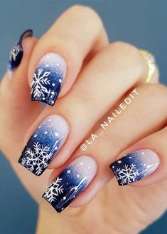 coffee nails burgundy nails arrow nails home Snowflake Nail Design, Christmas Nail Art Designs, Snowflake Nails, Nail Designs For Winter, Christmas Gel Nails, Holiday Nails, Blue Christmas, Winter Christmas, Christmas Makeup