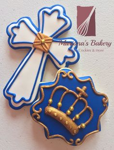 First Communion Favors, Baptism Favors, Royal Icing Decorated Cookies, Christening Cookies, Cross Cookies, Iced Sugar Cookies, Royal Blue And Gold, Themed Cakes, Biscotti