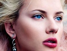 eyeliner blonde hair blue eyes - Szukaj w Google