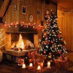 christmas scenes Wishing you a Peaceful Evening and Restful Night. Merry Christmas Gif, Christmas Scenery, Cosy Christmas, Christmas House Lights, Christmas Fireplace, Christmas Night, Magical Christmas, Country Christmas, Christmas Pictures