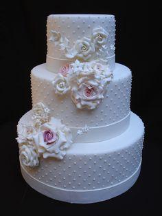 bolo fake pra decora��o com bolinhas e rosas