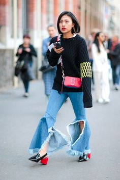 Something Up Your Sleeve: The Street Style Trend That's All About The Sleeve #streetstyle #fashion #ss17 #exaggerated #sleeves #elleaus