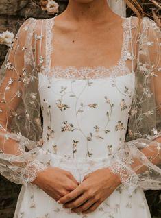 Dream Wedding Dresses, Boho Wedding, Wedding Gowns, Ball Dresses, Ball Gowns, Prom Dresses, Pretty Dresses, Beautiful Dresses, Look Vintage