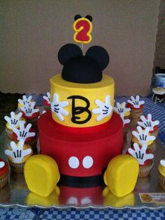 Mickey Mouse Themed Cake By K Noelle Cakes Kids Birthday Cakes - Mickey birthday cake ideas