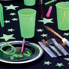 glow in the dark centerpieces |