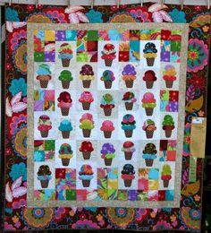 Paris Bebe Fabrics: Sisters Oregon, Outdoor Quilt Show.
