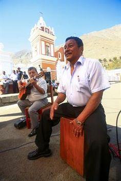 Acabo de compartir la foto de Edgar Asencios Miranda que representa a: Cajòn Peruano