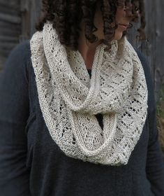 Ravelry: Queen Mab Cowl pattern by Kelly McClure