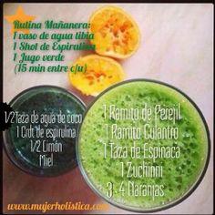 Shot Espirulina 1/2 taza de agua de coco 1 cucharadita de espirulina el jugo de 1/2 limón un poquitin de miel de abeja cruda Jugo verde super alcalinizante: 1 ramito de perejil 1 ramito de culantro 1 taza de espinaca 1 zuchinni pequeño 3-4 naranjas pequeñas