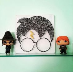 HP string art - HP string art -You can find Nail string art and more on our website. Harry Potter Diy, Theme Harry Potter, String Art Diy, String Crafts, Fun Crafts, Resin Crafts, String Art Templates, String Art Patterns, Harry Potter Bricolage
