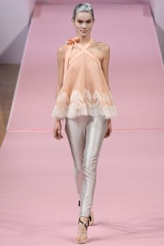 That lace & chiffon pleated top @Alexis_Mabille Alexis Mabille Spring Summer 2013 #HauteCouture #Fashion