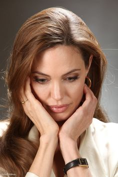 Angelina Jolie photo 334207