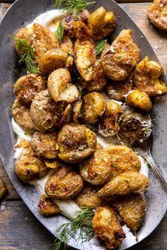 Crispy Salt and Vinegar Smashed Potatoes. - Crispy Salt and Vinegar Smashed Potatoes. Vegetarian Recipes, Cooking Recipes, Healthy Recipes, Healthy Snacks, Vegetarian Cooking, Kitchen Recipes, Easy Cooking, Half Baked Harvest, Side Dish Recipes