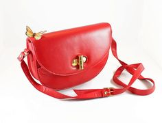 Vintage Red Purse. 80s Shoulder Bag. Structured by ChickClassique, $34.00