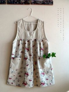 Plus size Vintage Floral Sleeveless Shirts & Tops Apron Dress, Diy Dress, Plus Size Vintage, Japanese Patterns, Yoga Fashion, Sweet Dress, Sleeveless Shirt, Sewing Clothes, Simple Dresses