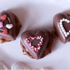Pretzel Hearts #pretzels #chocolate #valentine