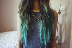 Today I feel inspired by green dip dyed hair, mainly due to this amazing blonde hair with green tips using Pravana ChromaSilk VIVIDS Green from the Pravana Tumblr: So, I wondered what other awesome green dip dyed hair is out there and this is what I found! Awesome teal green dip dye hair with alpine …