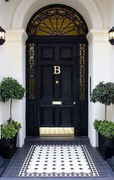 We have a new ONLINE SHOP! Have you seen our monogram door knockers?, We have a new ONLINE SHOP! Have you seen our monogram door knockers? Front Door Entrance, Exterior Front Doors, Glass Front Door, Front Door Decor, Glass Door, Front Door Hardware, Front Door Design, Front Door Colors, Entrance Design