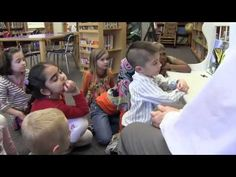 critique and feedback - the story of austin's butterfly - Ron Berger Interesting example of kids learning about peer feedback, growth mindset, being challenged Problem Based Learning, Inquiry Based Learning, Project Based Learning, Flipped Classroom, Art Classroom, School Classroom, Student Voice, Student Work, Expeditionary Learning