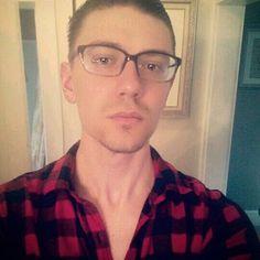 ☆Gay lumberjack ☆ #gay #gayguy #gayswithglasses #guy #cuteguy #cutegay #instahomo #instagay #instalike #instalove #instacute #likesforlikes #tagsforlikes #follow4follow #loveforlove #filter #snapchat #gaysnaps #guyswithglasses #lumbersexual #lumberjack #thursday #whysoserious