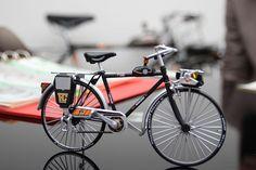 あぁぁ、ヤングホリデーだぁぁぁ Bicycle, Walls, Vehicles, Bicycle Kick, Bike, Rolling Stock, Bicycling, Cars, Bmx
