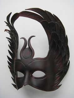 How to make Leather Leaf Jewelry and Mask Egyptian Mask, Mens Masquerade Mask, Masquerade Ball, How To Make Leather, Leather Mask, Leather Leaf, Leather Corset, She Mask, Pagan Witch