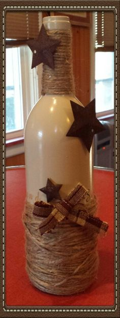 Diy wine bottle - I would add the stars to be from cinnamon applesauce ornaments. Wine Bottle Corks, Glass Bottle Crafts, Diy Bottle, Vodka Bottle, Painted Wine Bottles, Bottles And Jars, Glass Bottles, Wine Glass, Wine Craft