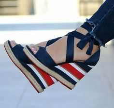ideas boots outfit casual shoes for 2019 - Source by rentiniotis - Outfits Casual, Casual Shoes, Pretty Shoes, Beautiful Shoes, Mode Shoes, Me Too Shoes, Fashion Shoes, Shoe Boots, High Heels