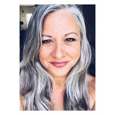 Thanks @seagypsyessentials ❤️ #naturalhair #greyhair #greymouvement #greyhairmovement #greyhairdontcare #goinggrey…